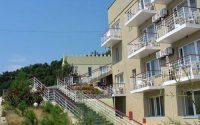 Великолепный отель на берегу моря